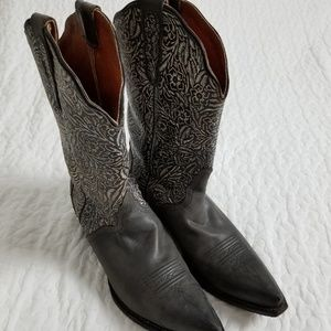 Size 9 Texas cowboy boots